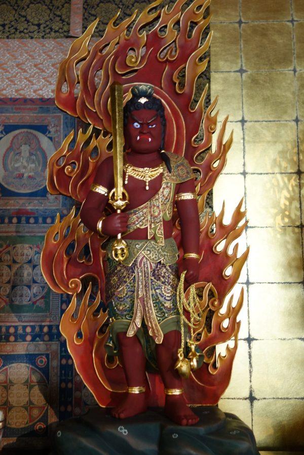 別殿(葬儀会場)の不動明王様DSC06458-1